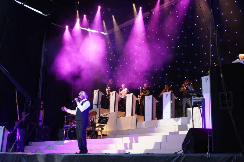 Orquesta Poceiro durante su actuación